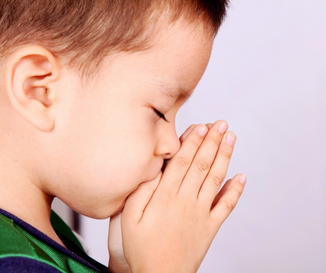 prayer-child-boy