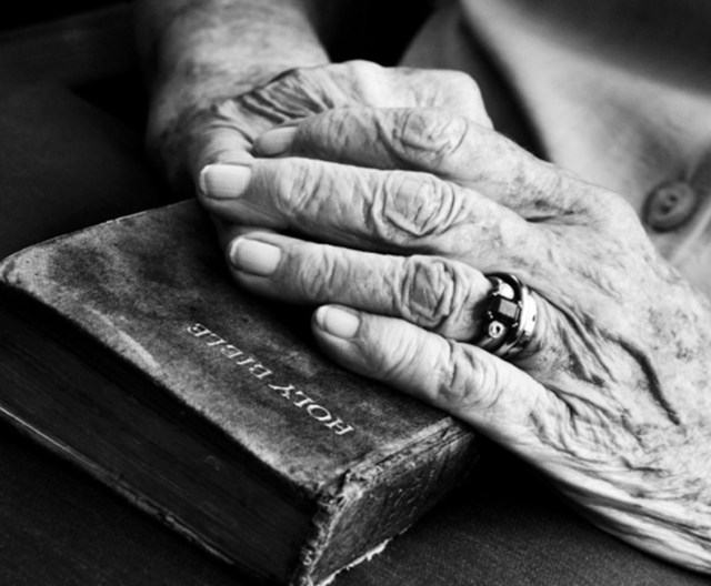 bible old hands