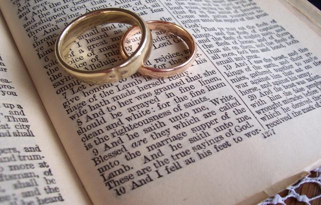 marraige rings